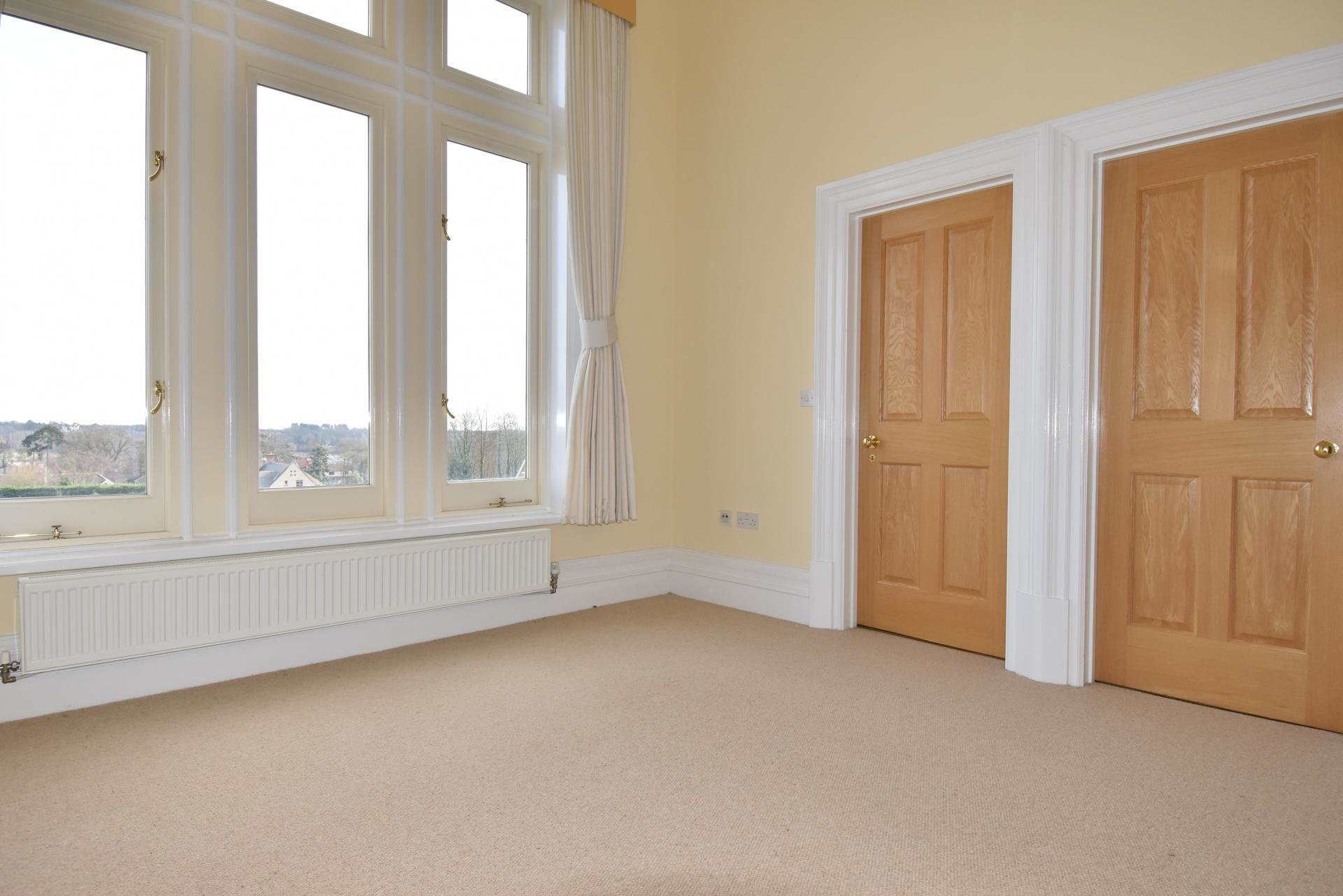 Best 2 Bedroom Apartment For Sale In Woodbridge With Pictures