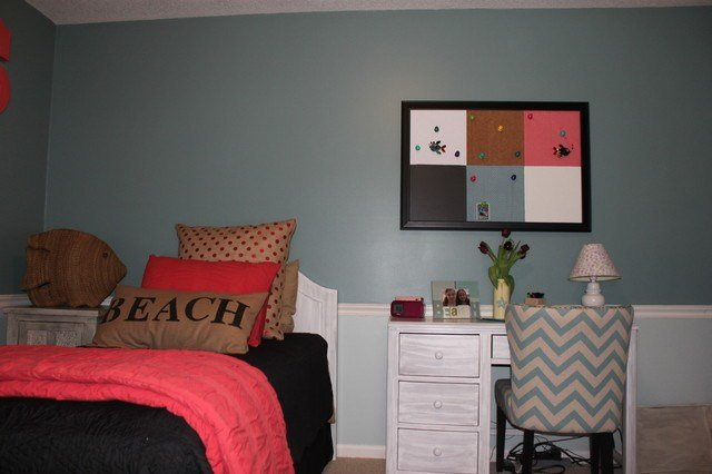 Best 11 Year Old Girls Bedroom Project Custom Pillows And Wall Board Beach Style Bedroom Kansas With Pictures