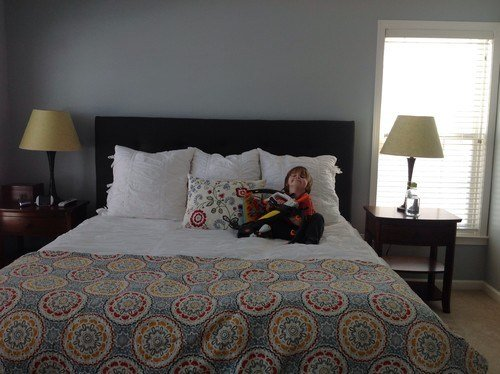 Best What To Do With Our Walls Master Bedroom With Pictures