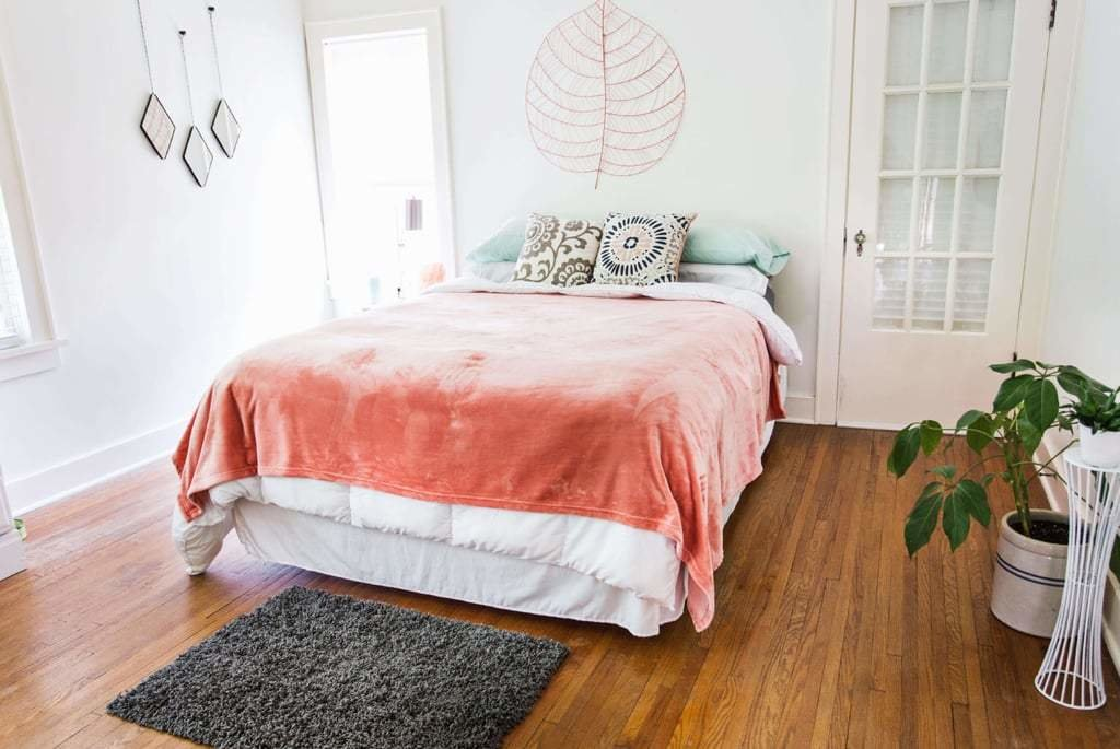 Best The Dos And Don'ts Of Decorating A Romantic Bedroom With Pictures