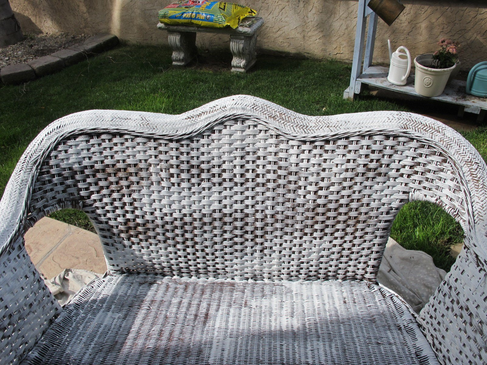 Best How To Paint Wicker Furniture With Pictures