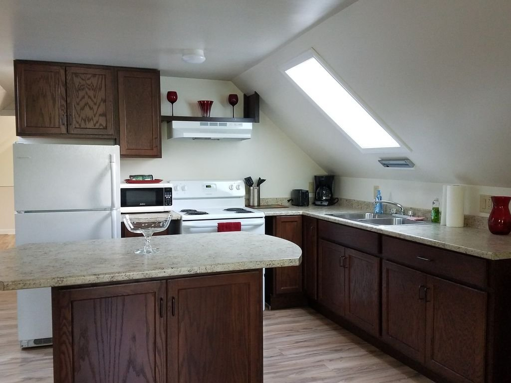 Best Beautiful Quiet Entire 1 Bedroom Bangor Maine Apartment With Pictures