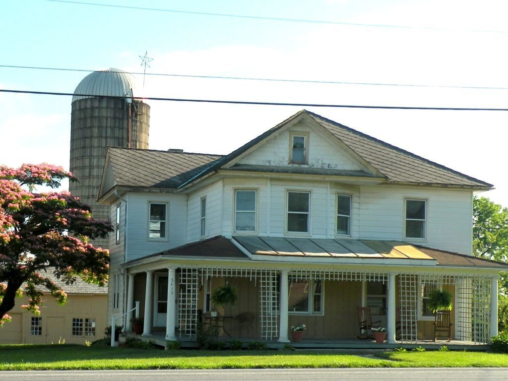 Best 5 Bedroom Farmhouse Located In The Heart Of Pa Dutch With Pictures