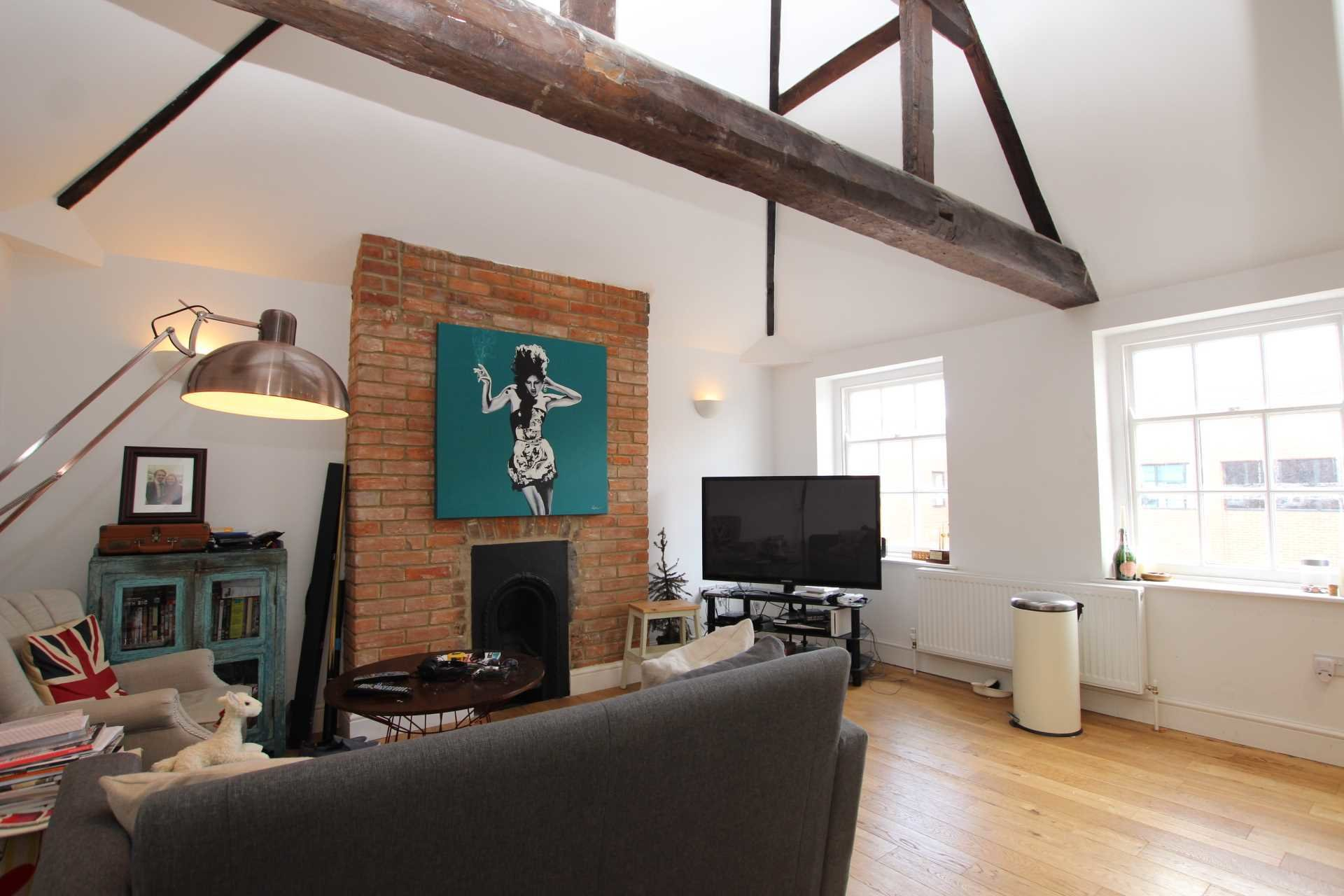 Best 2 Bedroom Apartment To Rent Castle Street Reading Rg1 With Pictures