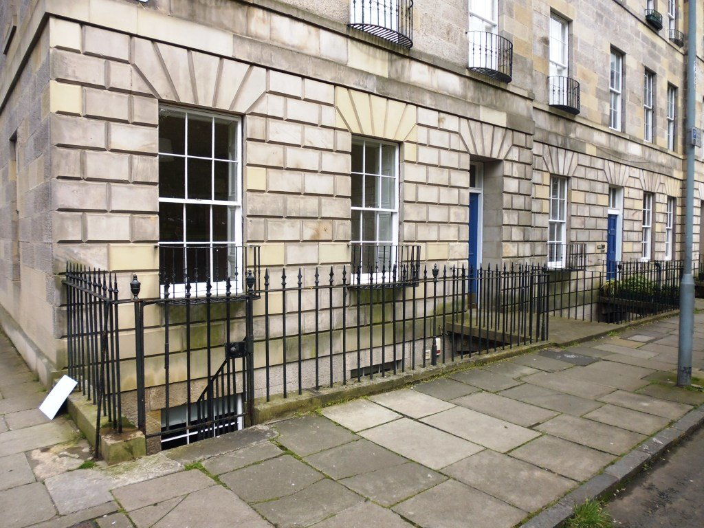 Best 4 Bedroom Flat To Rent Gayfield Square Edinburgh Eh Eh1 3Nx With Pictures