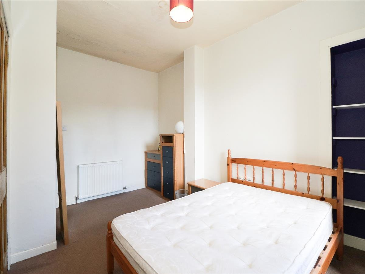 Best 2 Bedroom Flat To Rent Shepherds Loan West End Dundee Dd2 1Ax With Pictures