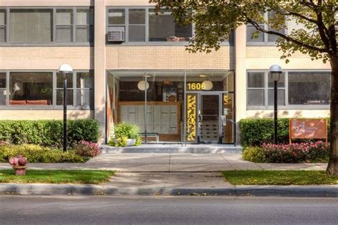 Best Algonquin Apartments At 1606 E Hyde Park Boulevard Chicago Il 60615 Hotpads With Pictures
