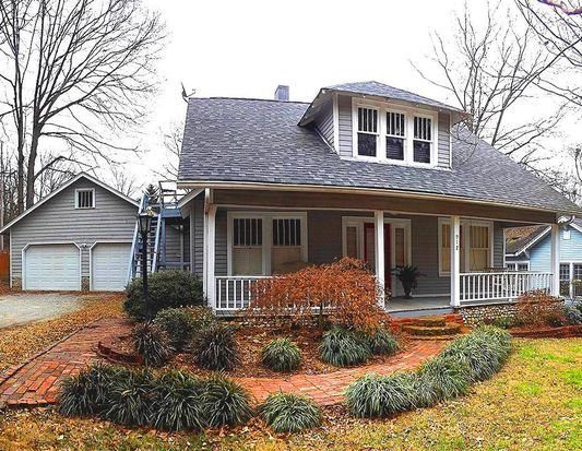 Best 912 S Seminole Dr Chattanooga Tn 37412 Zillow With Pictures