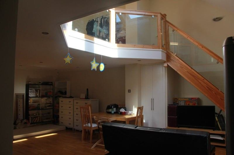 Best 1 Bedroom Flat With Mezzanine Floor Room To Rent From With Pictures