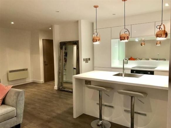 Best 1 Bed Apartment The Cube Manchester City Centre Room With Pictures