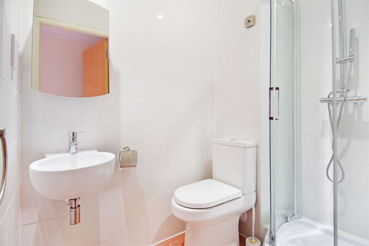 Best For Sale 1 Bedroom Flat In Canterbury With Pictures