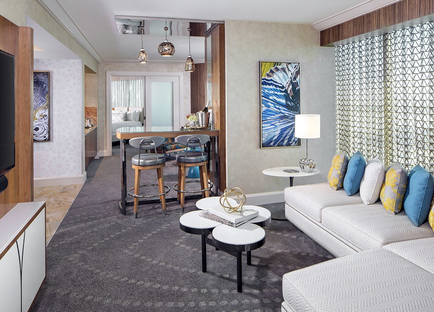Best Mandalay Bay's Remodeled Hotel Rooms Give A Beach Vibe With Pictures