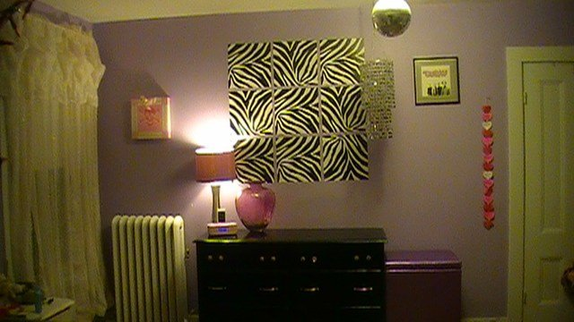 Best Zebra Print Wall Art In A T**N Bedroom – Poptalk With Pictures