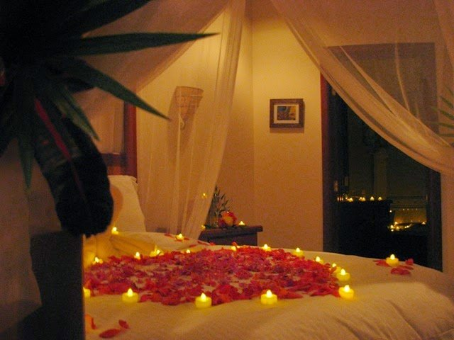 Best Romantic Bedroom Decoration Ideas For Wedding Night With Pictures
