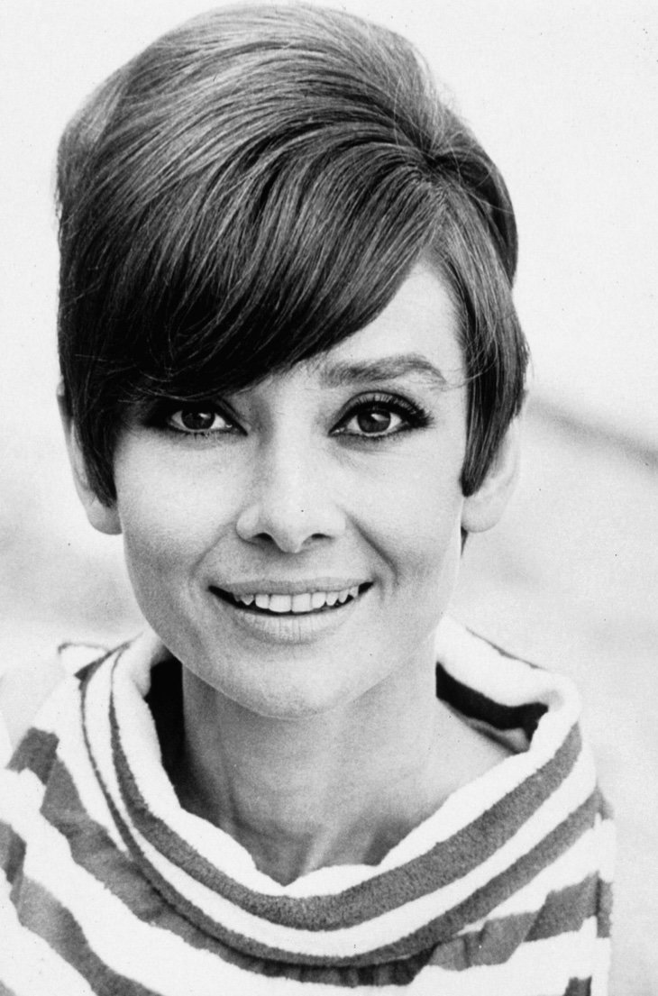 Free The 11 Most Iconic Hairstyles And Stars Of The 1960S Wallpaper