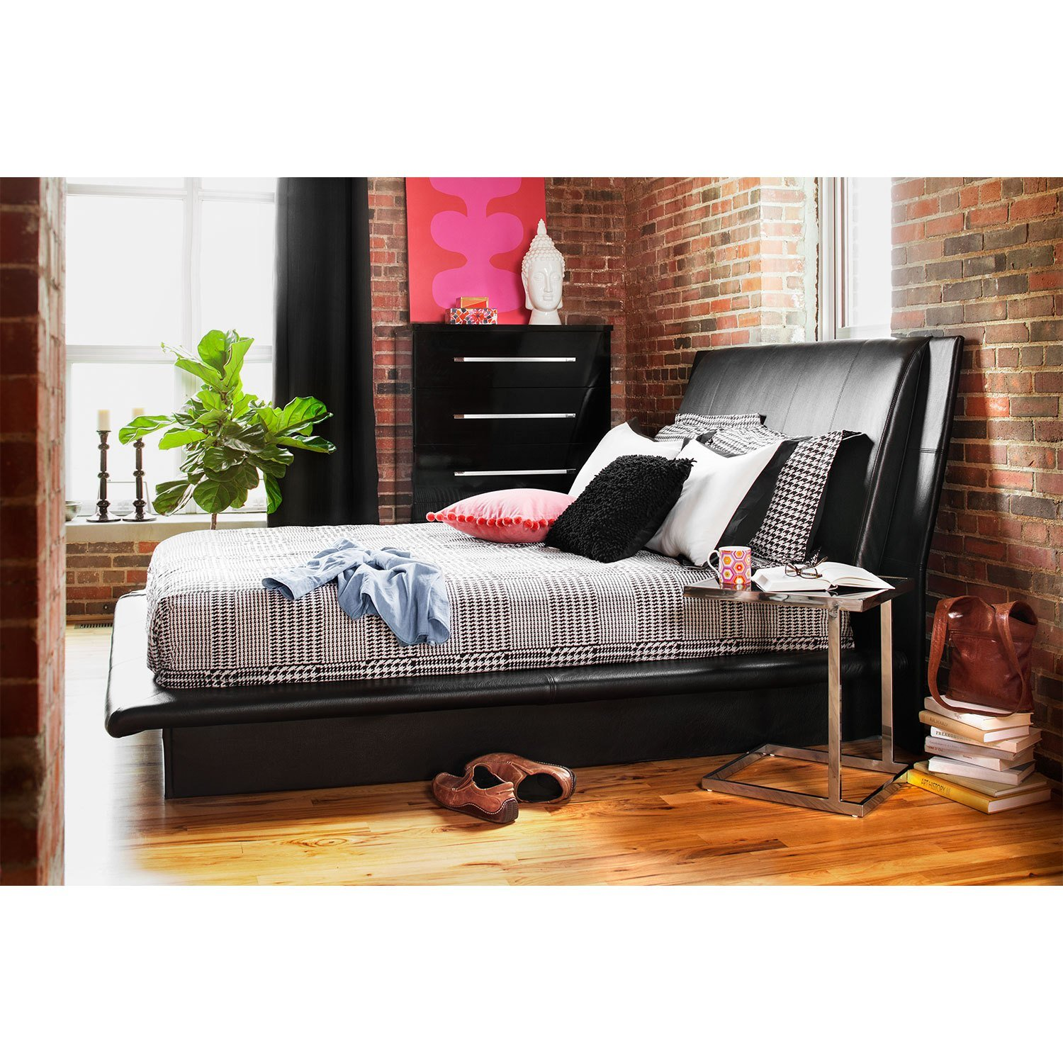 Best Dimora Queen Upholstered Bed Black American Signature With Pictures