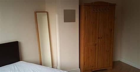 Best 2 Bedroom House Share To Rent Oxford Place Oxford Road With Pictures