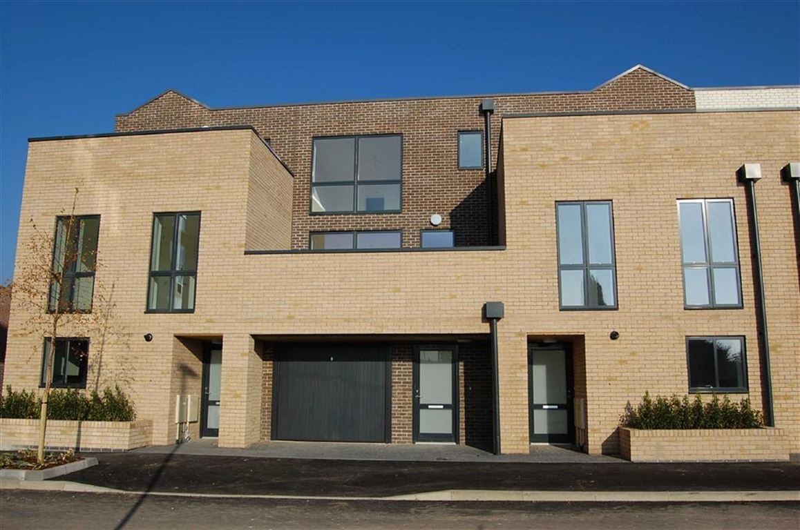 Best 3 Bedroom Town House For Sale In Nottingham With Pictures