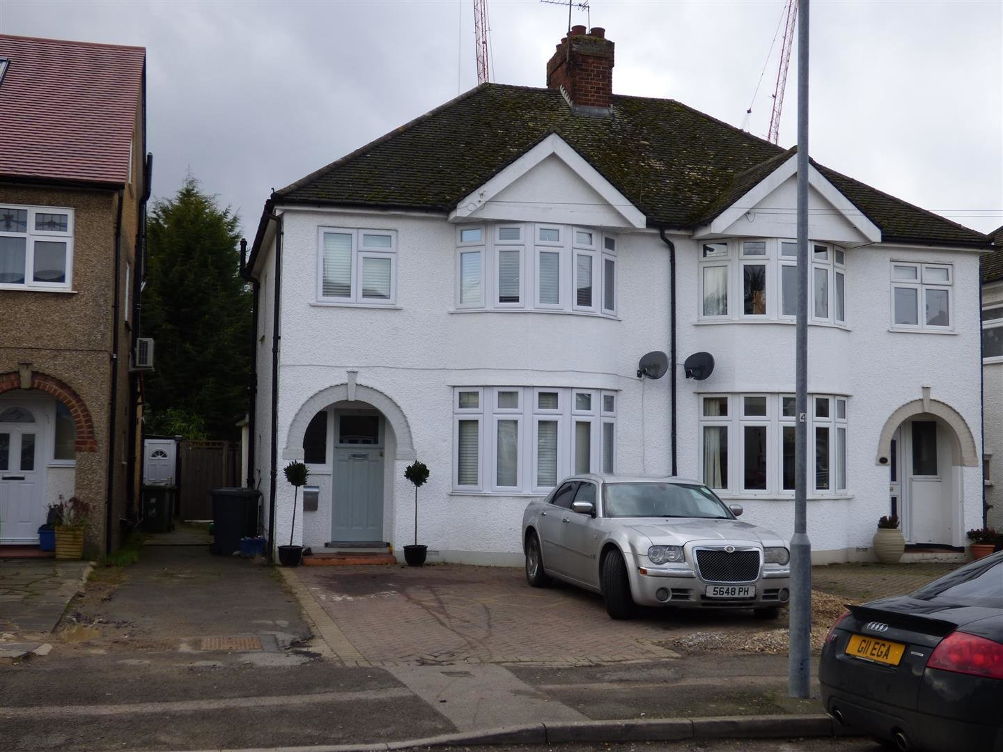 Best 3 Bedroom Semi Detached House For Sale In Borehamwood With Pictures