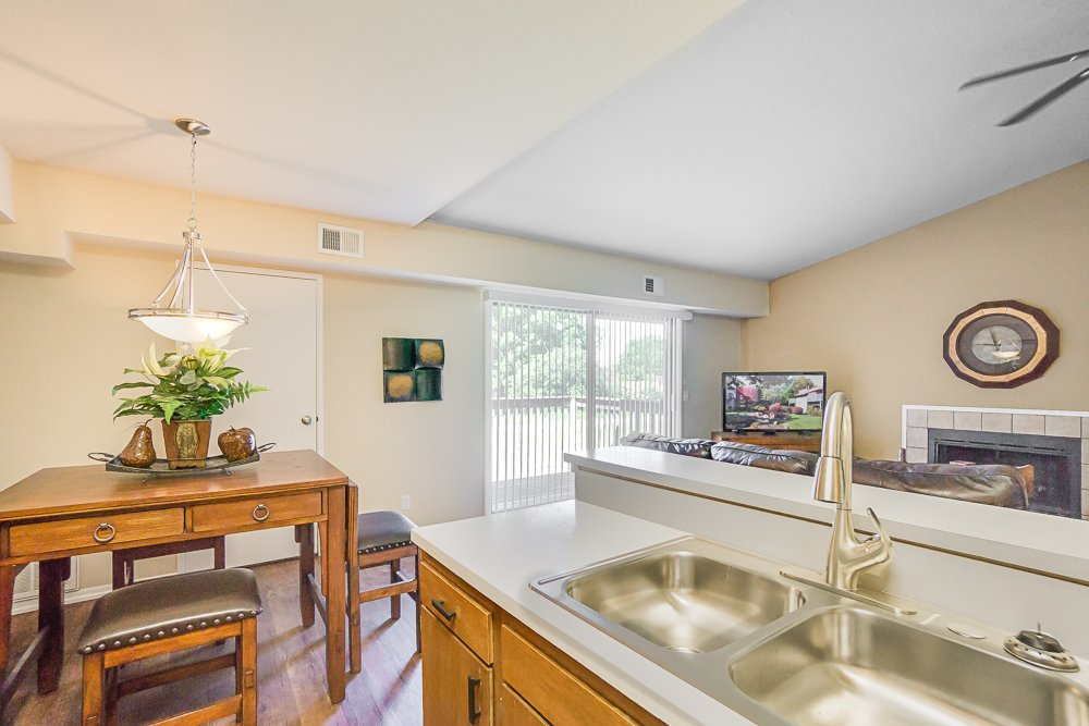 Best Old Farm Shores Apartments Apartments In Grand Rapids Mi With Pictures