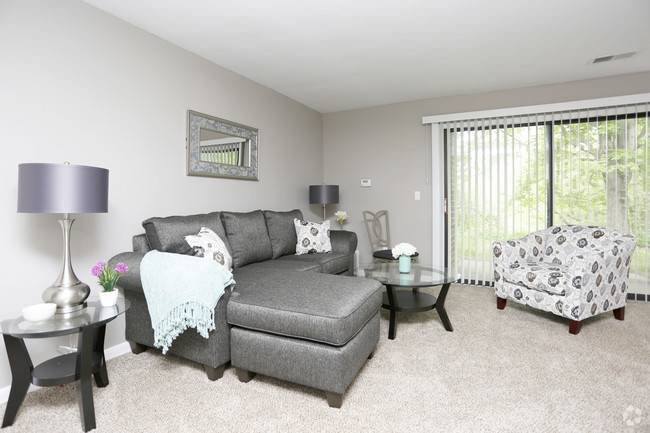 Best New 4 Bedroom Apartments Near Me With Pictures