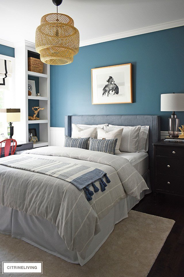 Best Modern Coastal T**N Bedroom Makeover Citrineliving With Pictures