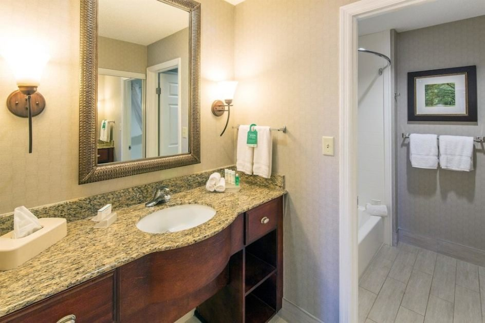 Best 1 King 2 Double 2 Bedroom 2 Bath Suite Beds At Homewood With Pictures