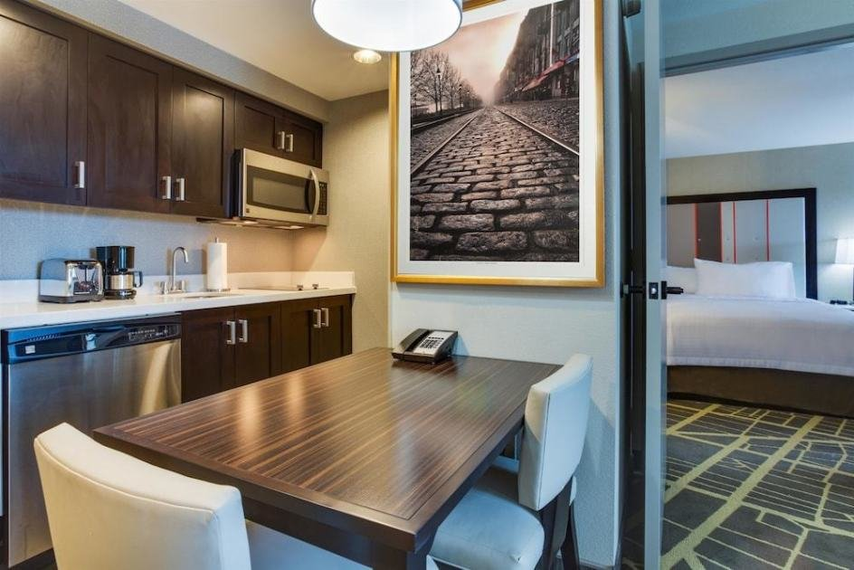 Best 1 King Bed 1 Bedroom Suite At Homewood Suites By Hilton With Pictures