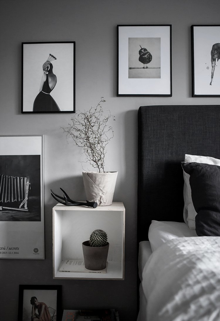 Best Black And White Art On The Bedroom Wall My Paradissi With Pictures