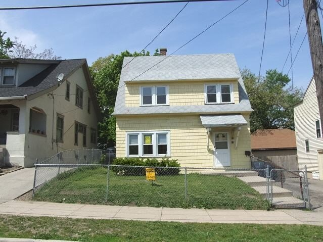Best 17 Corinne St Sw Grand Rapids Mi 49507 3 Bedroom House With Pictures