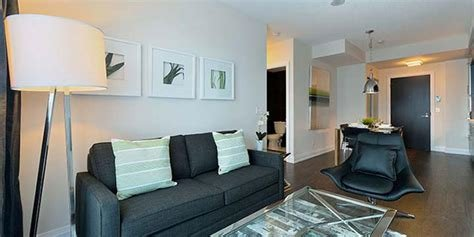 Best Junior 1 Bedroom Apartment In Toronto 2 Anndale Drive With Pictures