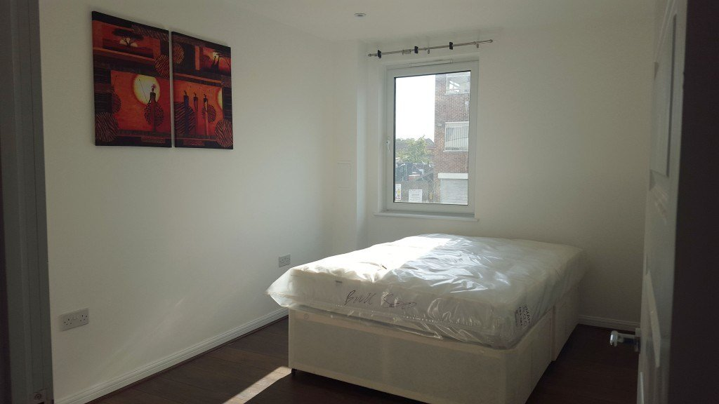 Best Brand New 1 Bed Luxury Apartment In West Central Slough With Pictures
