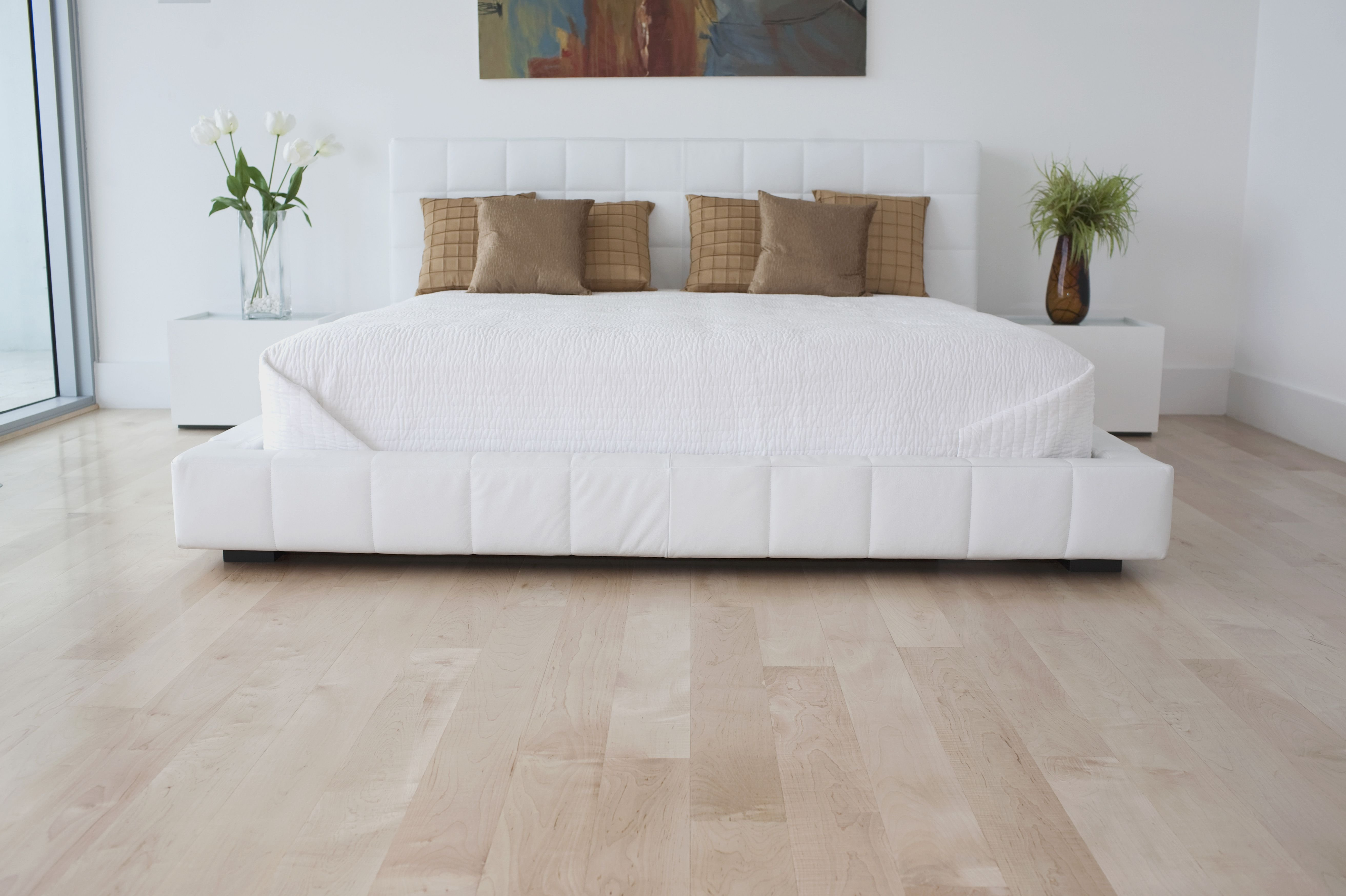Best Pros And Cons Of 5 Popular Bedroom Flooring Materials With Pictures