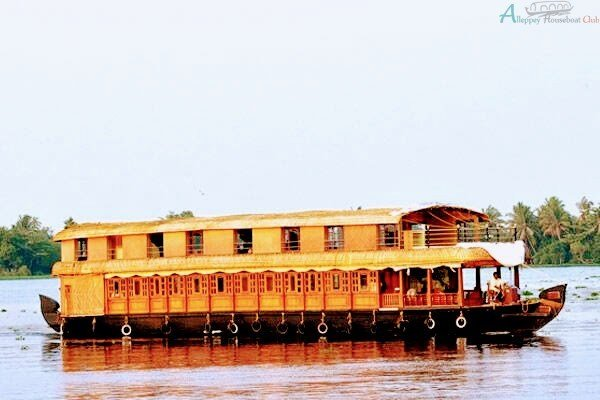 Best 5 Bedroom Deluxe Houseboat With Upper Deck Alleppey Houseboat Club With Pictures