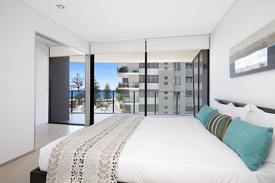 Best One Bedroom Apartments In Burleigh Heads Ambience On With Pictures