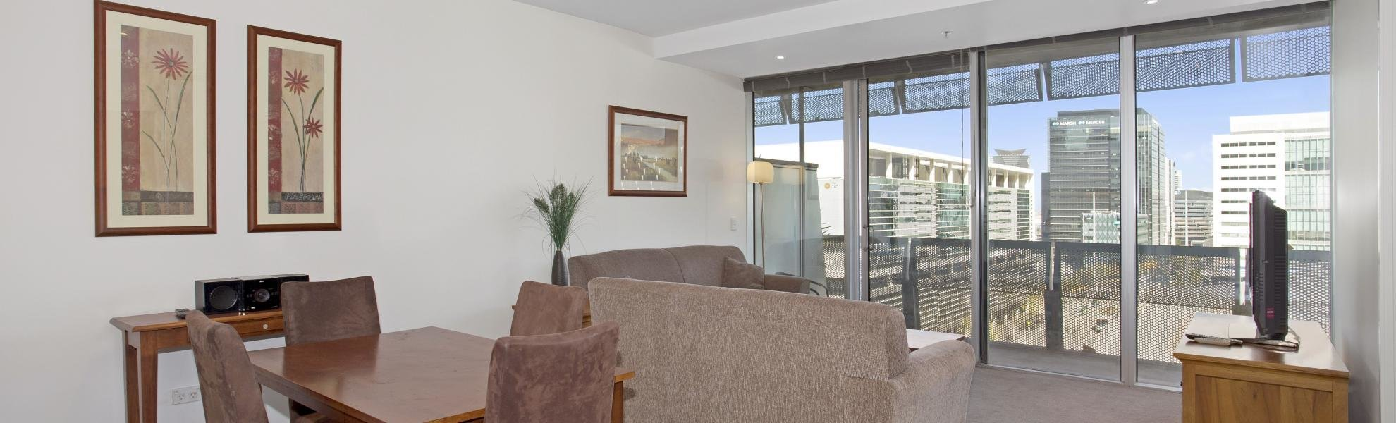 Best 1 Bedroom Study Collins Street Apartment In Melbourne Cbd Collins Street With Pictures