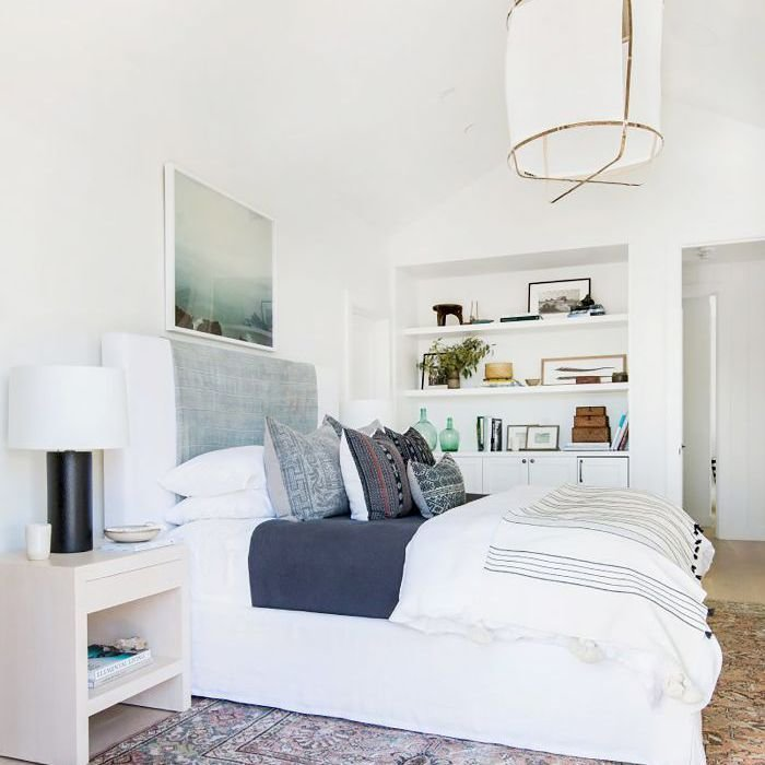 Best 16 Small Master Bedroom Ideas That Are Larger Than Life With Pictures