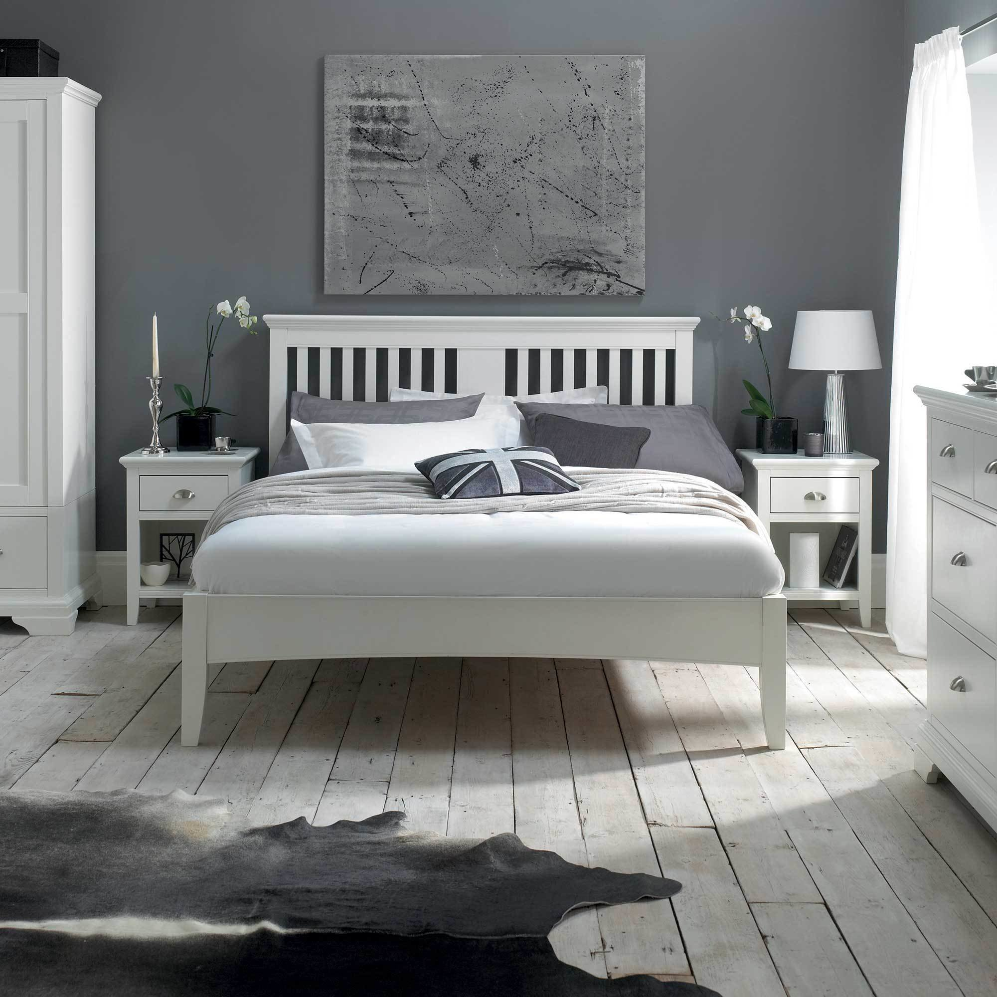 Best The Carrington White Triple Wardrobe White Bedroom Furniture With Pictures