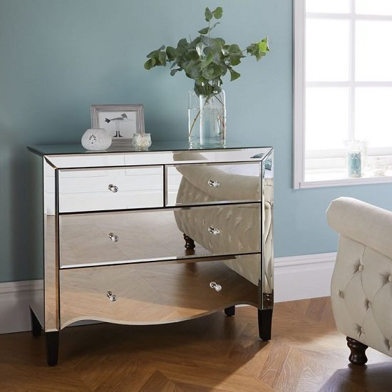 Best Gatsby Mirrored Chest Of Drawers With 4 Drawers 39274 With Pictures