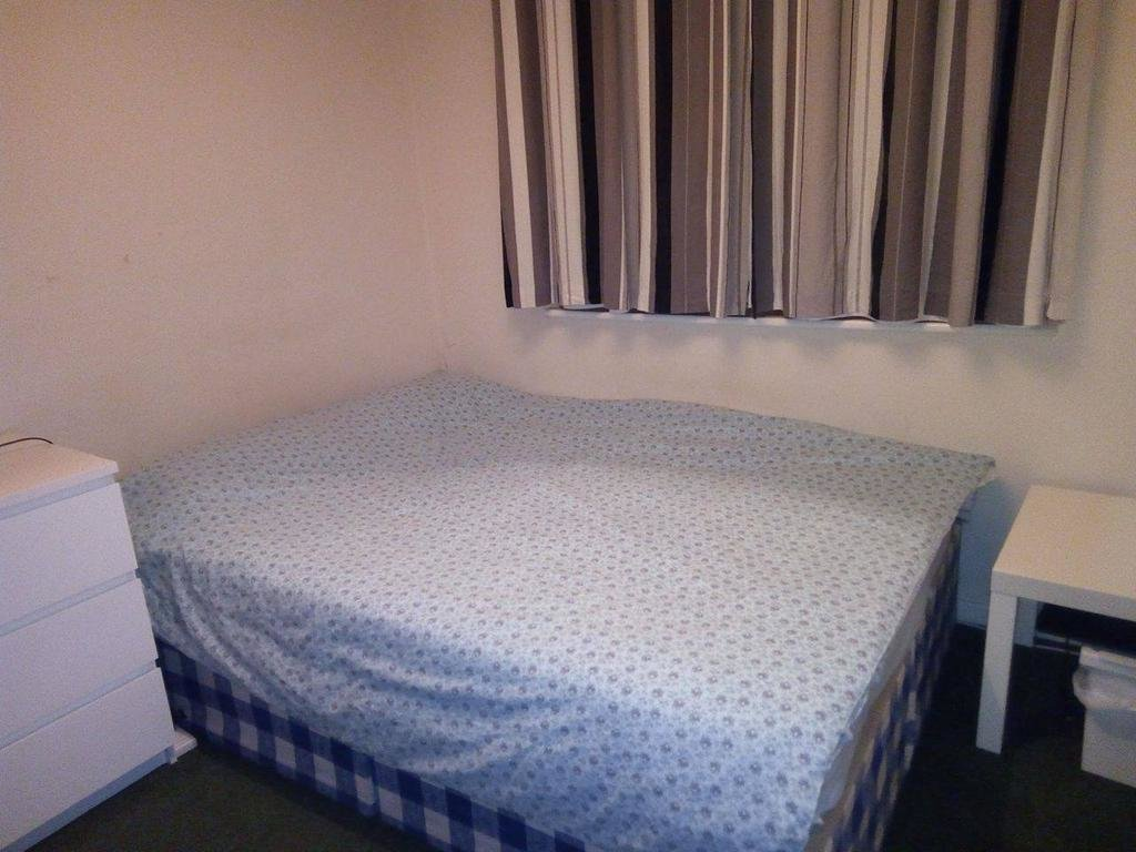 Best Single Room For Rent In A 2 Bedrooms Flat Cheshunt En8 With Pictures