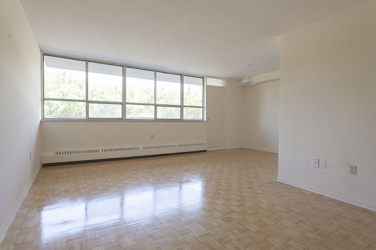 Best 1 Bedroom Apartments For Rent Scarborough At 225 Markham With Pictures