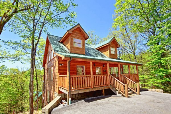 Best Cabin Near Pigeon Forge 2 Bedroom Cabin Rental With Pictures