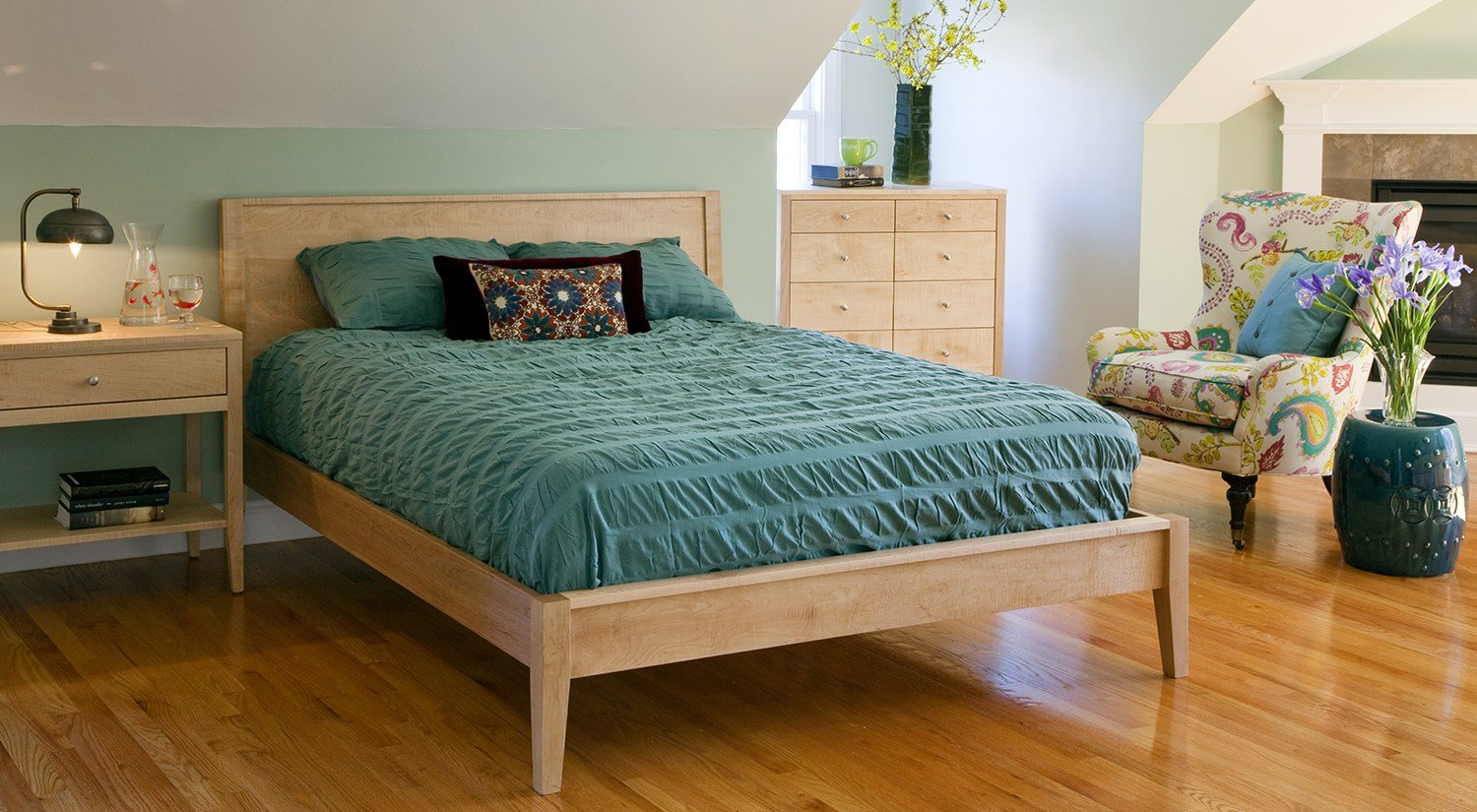 Best Circle Furniture Franklin Bed Bedroom Furniture Ma With Pictures