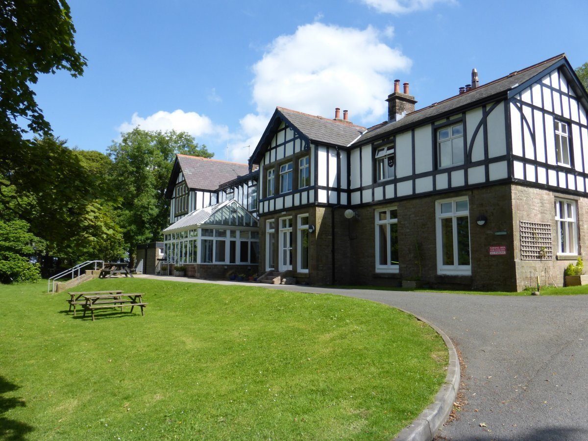 Best Outdoor Activity Centre In Buxton Derbyshire With Pictures