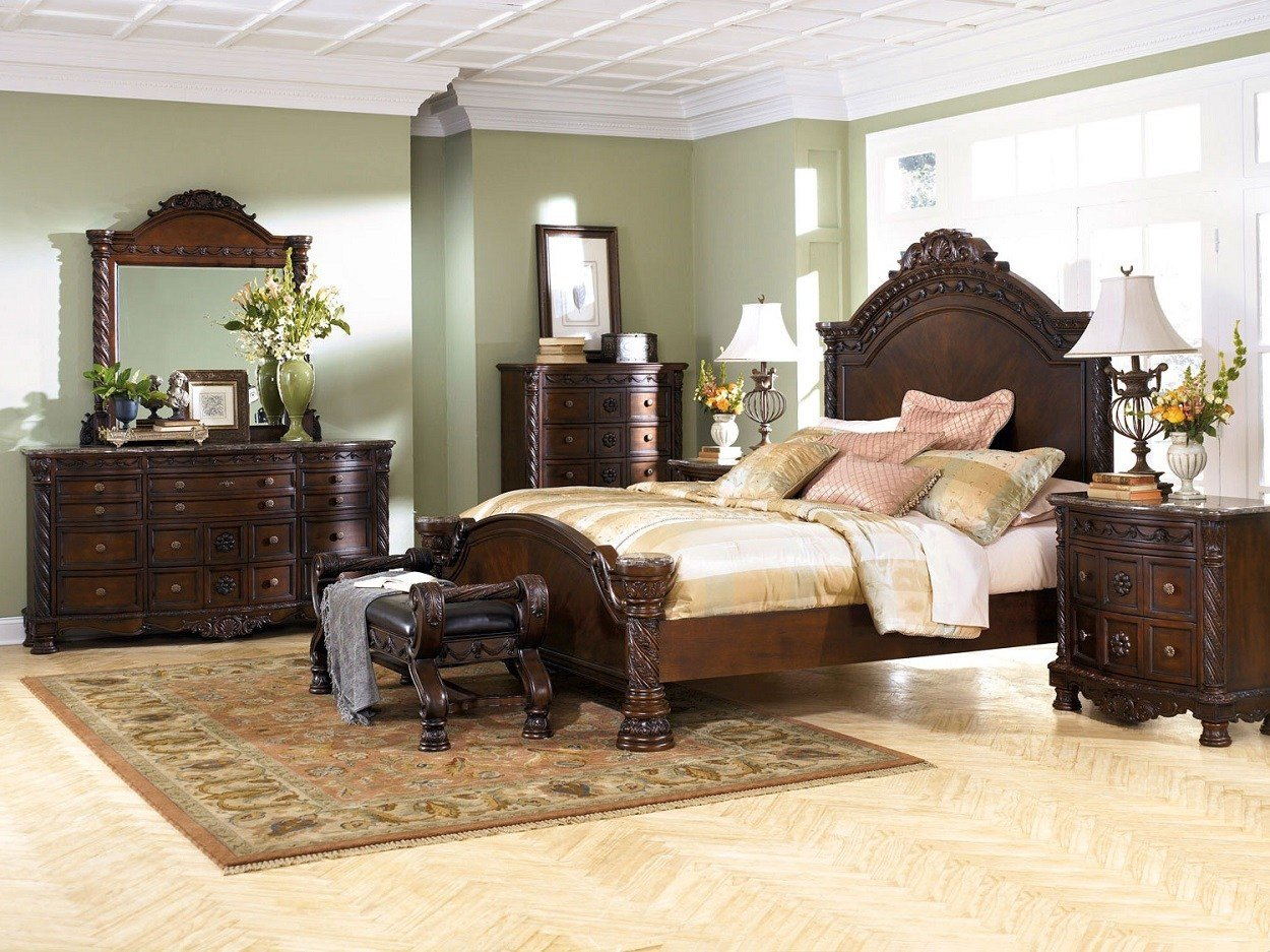 Best A Rich Traditional Design And Exquisite Details Come With Pictures