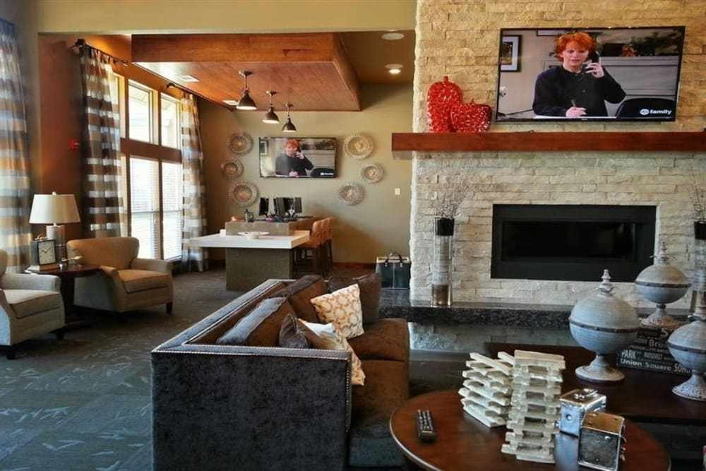 Best Apartments In Southwest Lubbock Tx The Icon At Lubbock With Pictures