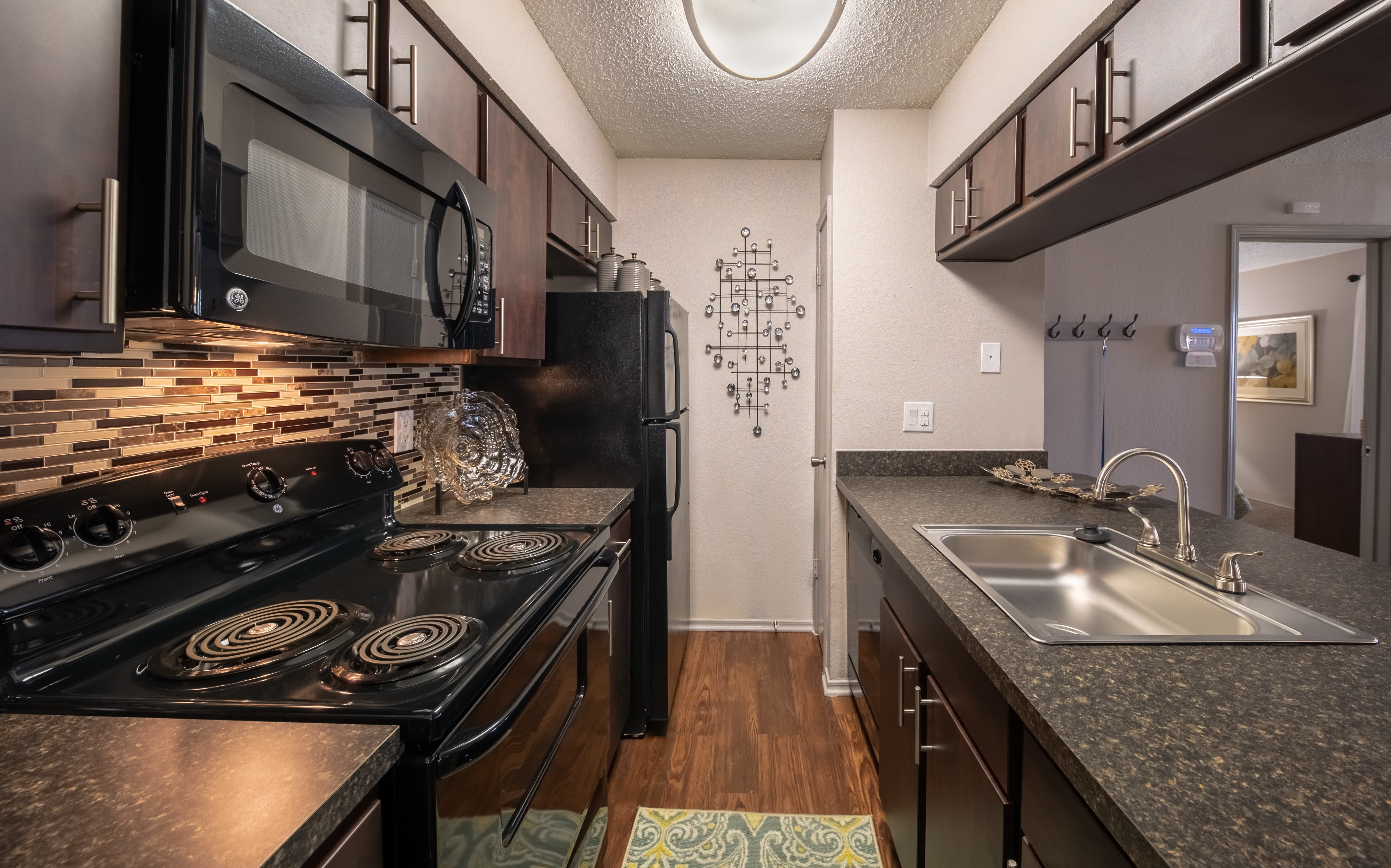 Best Affordable 1 2 Bedroom Apartments In Irving Tx With Pictures Original 1024 x 768