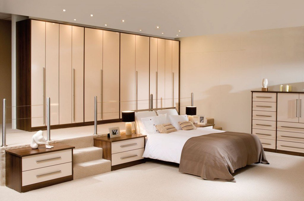 Best Cream Bedrooms Fashionable Minimalist Bedroom Decor Ideas With Pictures