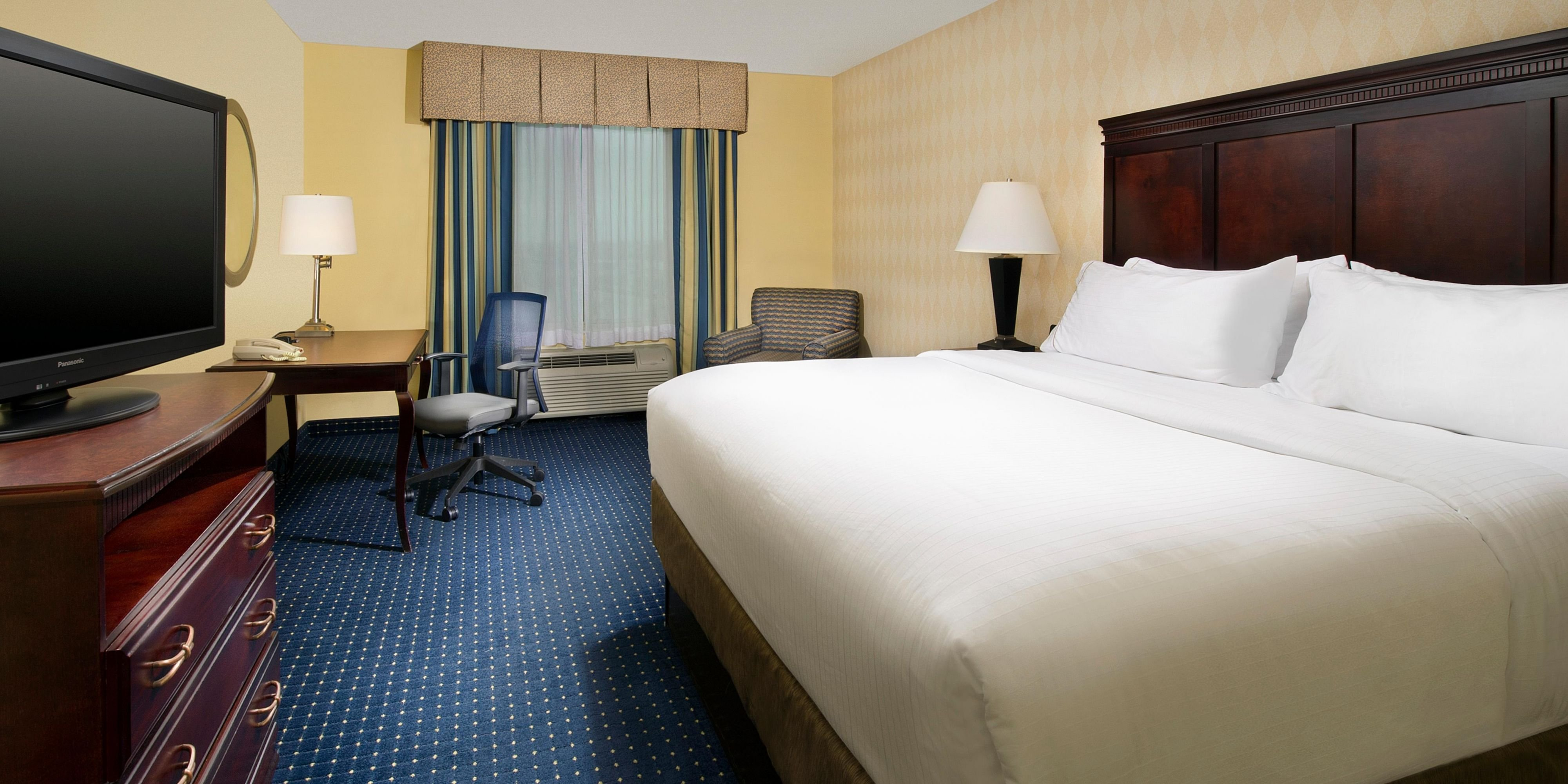 Best 2 Bedroom Hotels Near Seaworld San Antonio Www With Pictures