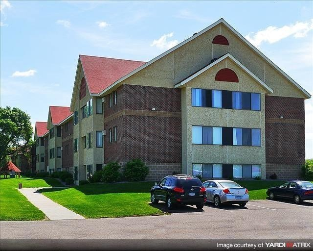Best Lancaster Place Apartments Saint Cloud Mn Apartment With Pictures